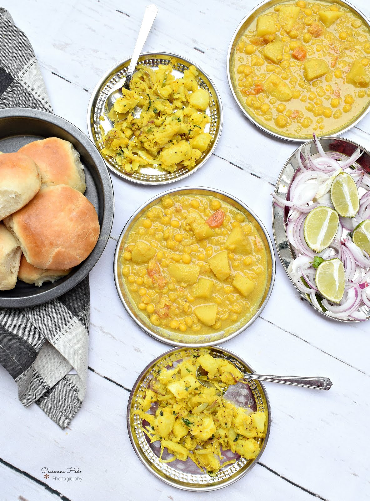 Mix bhaji pav goan special breakfast savory bites recipes i got a few requests from some of my blog readers asking to share bhaji pav recipeas i shared bhaji pic on facebook page sometime back forumfinder Images