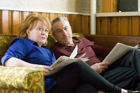 """Robert De Niro y Jacki Weaver en """"El Lado Bueno de las Cosas"""""""