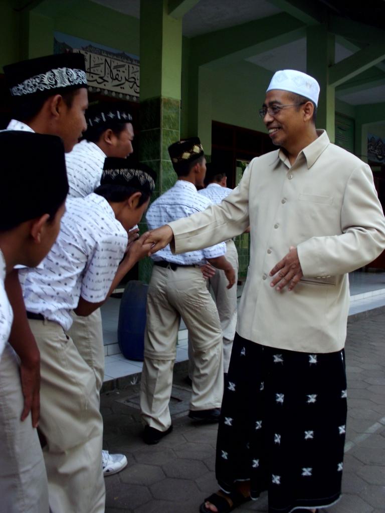 Sekilas tentang Madrasah Tasywiquth Thullab Salafiyyah (TBS) Kudus
