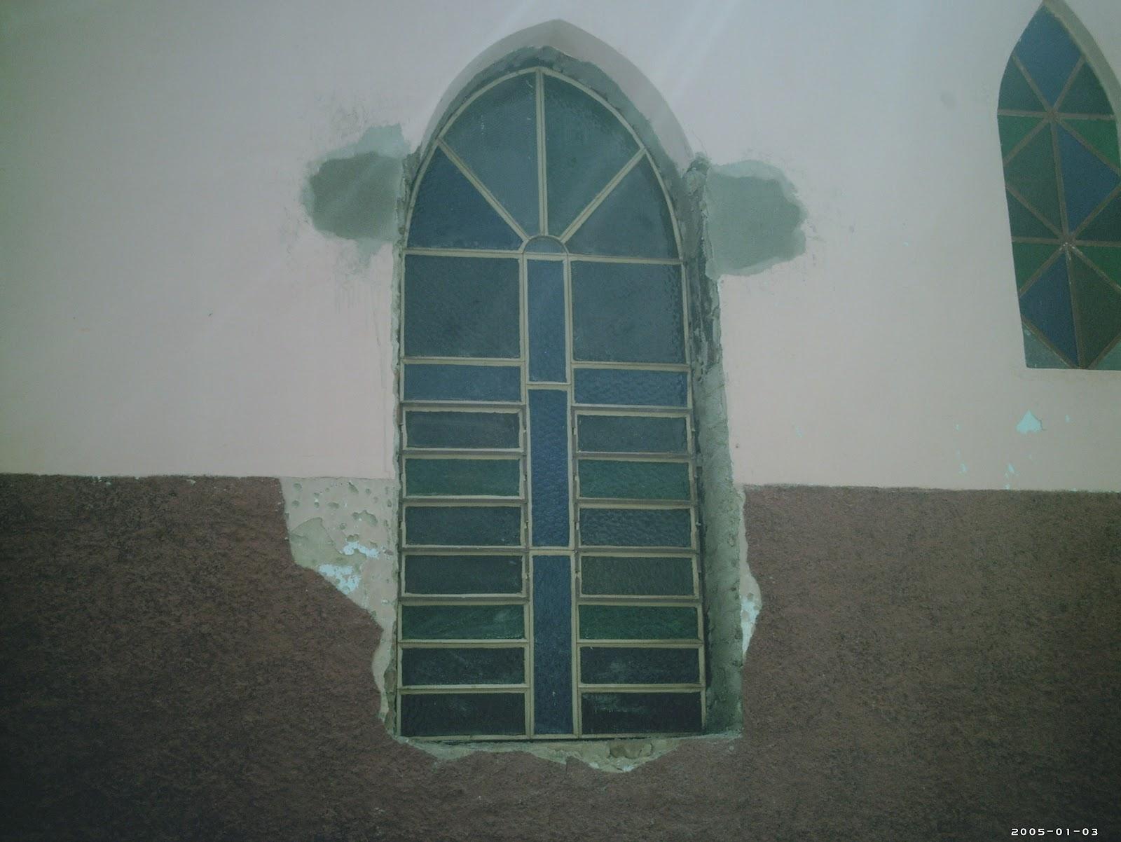 #365159  Notícias: Reforma na capela nossa senhora de fatima em Jaçanã 222 Janelas De Vidro Para Igrejas