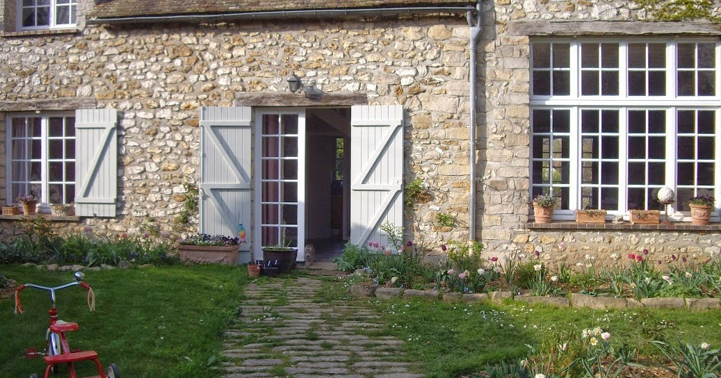Derri re les murs de mon jardin un tour du jardin la d couverte des nouveaux massifs 1 2 - Derriere les murs de mon jardin ...