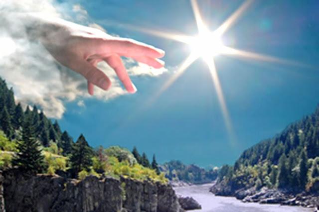 mao de deus nos ceus