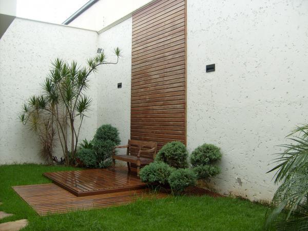 deck jardim vertical: em Estética, Soluções e Reparos Residencial: Deck Piscina/Parede