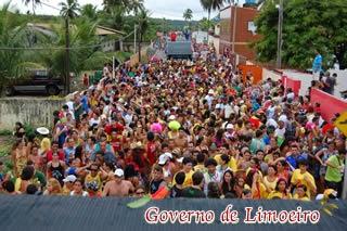 Bloco do Limãozinho mais uma vez aporta em território Paraibano levando o nome de Limoeiro a outras localidades.