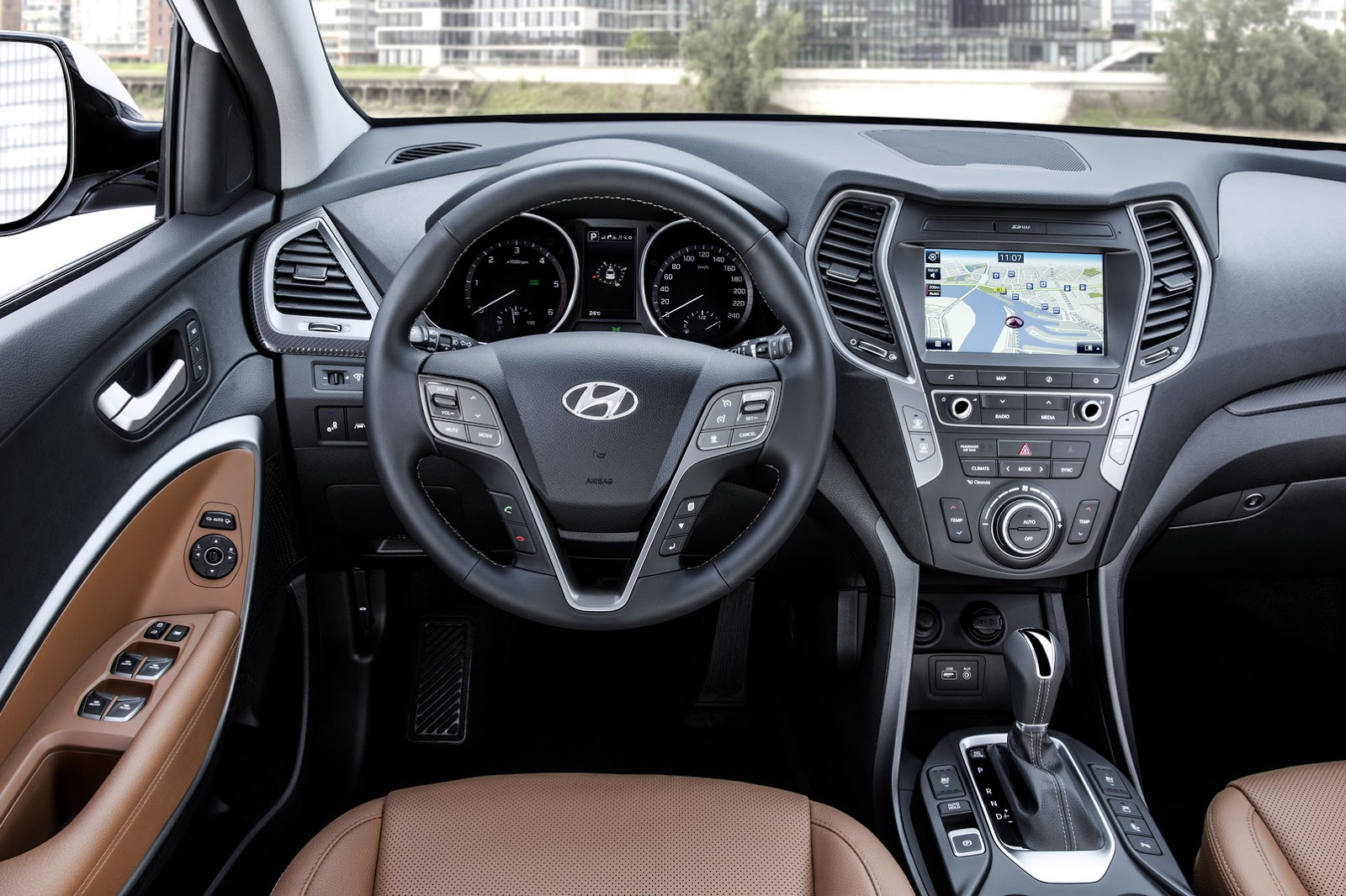 facelifted 2017 hyundai santa fe unveiled debuts in frankfurt carscoops. Black Bedroom Furniture Sets. Home Design Ideas