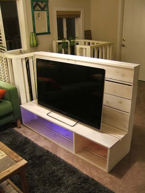 Nine Red How To Build a TV Stand