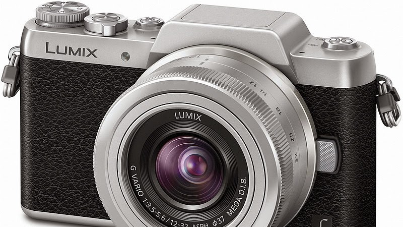 Panasonic GF7, Kamera Layar Putar Selfie Rp 7 Jutaan