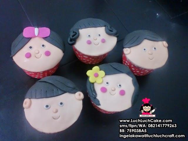 Cupcake Cute Wajah Manusia Daerah Surabaya - Sidoarjo