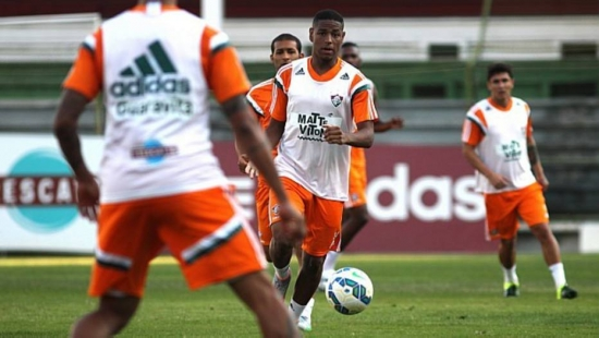 Negociado com a Roma, Gerson ficará no Fluminense até o final da temporada