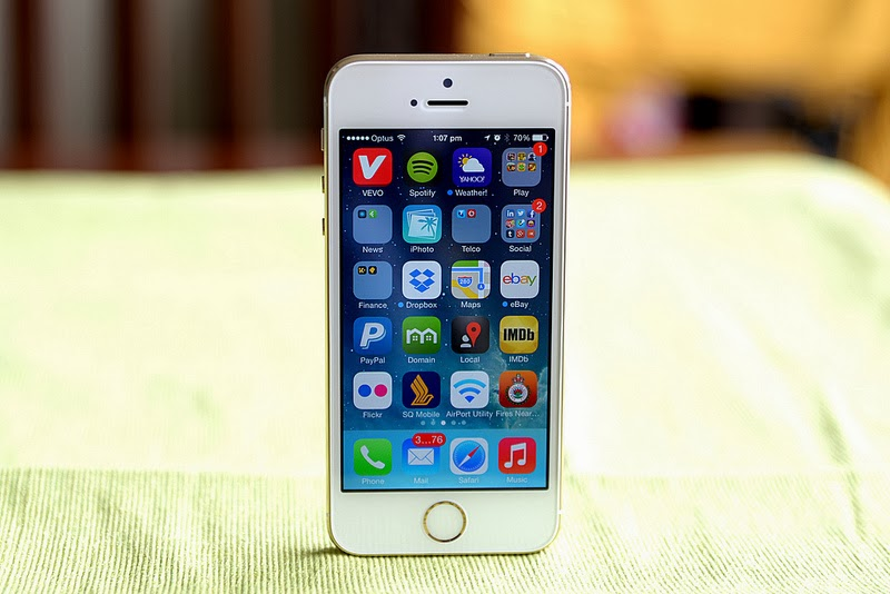 Enjoy Your New iPhone 5s Without Worrying About Scratches