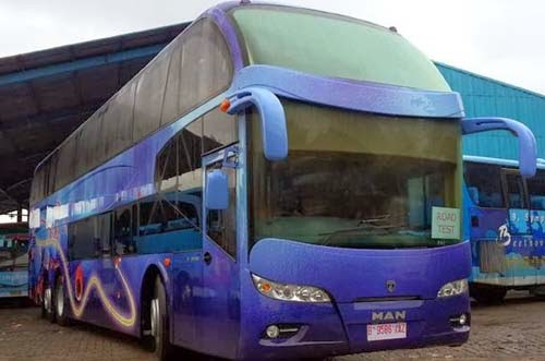 Foto Bus Tingkat Miracle MAN