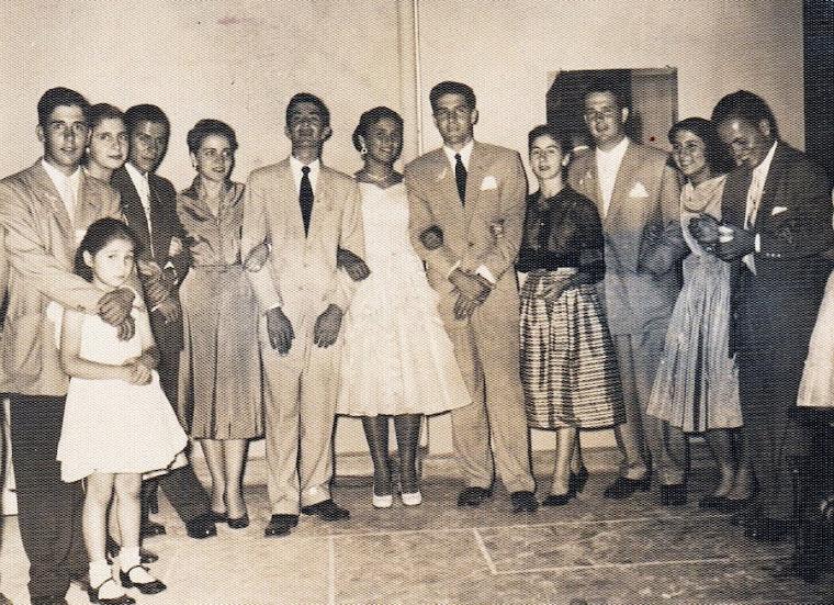Lucia Mejía Ossa a los 15 años en Pereira 1954