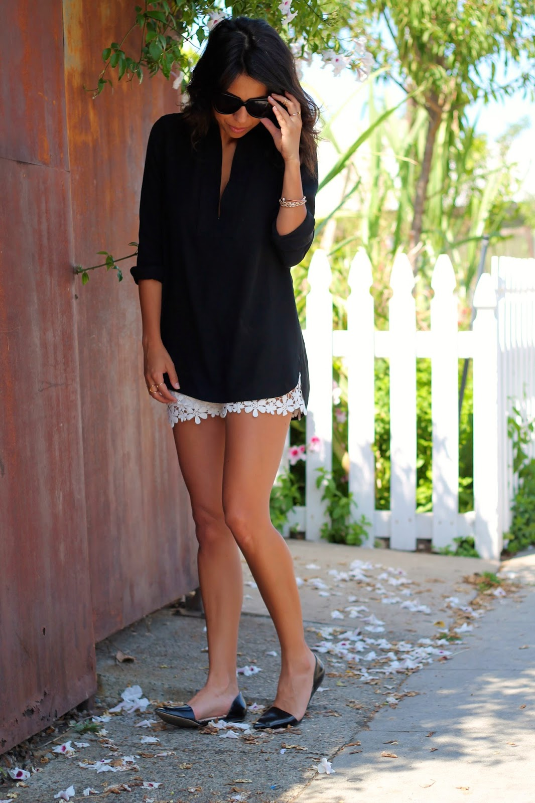 zara lace shorts
