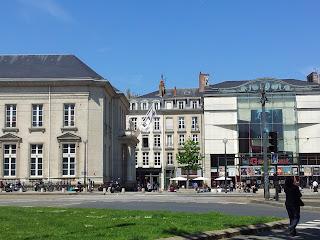 la fnac à Nantes place du commerce