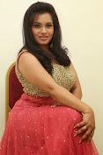 Revathi Chowdary sizzling Photos-thumbnail-20