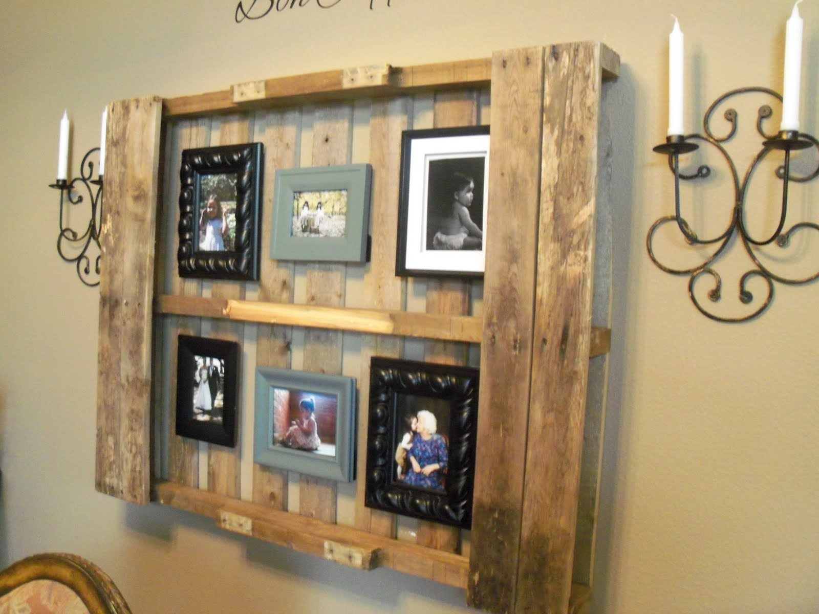 The baeza blog pallet decor for Diy pallet home decor