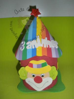lembrancinha-aniversario-circo-tenda-porta-guloseimas