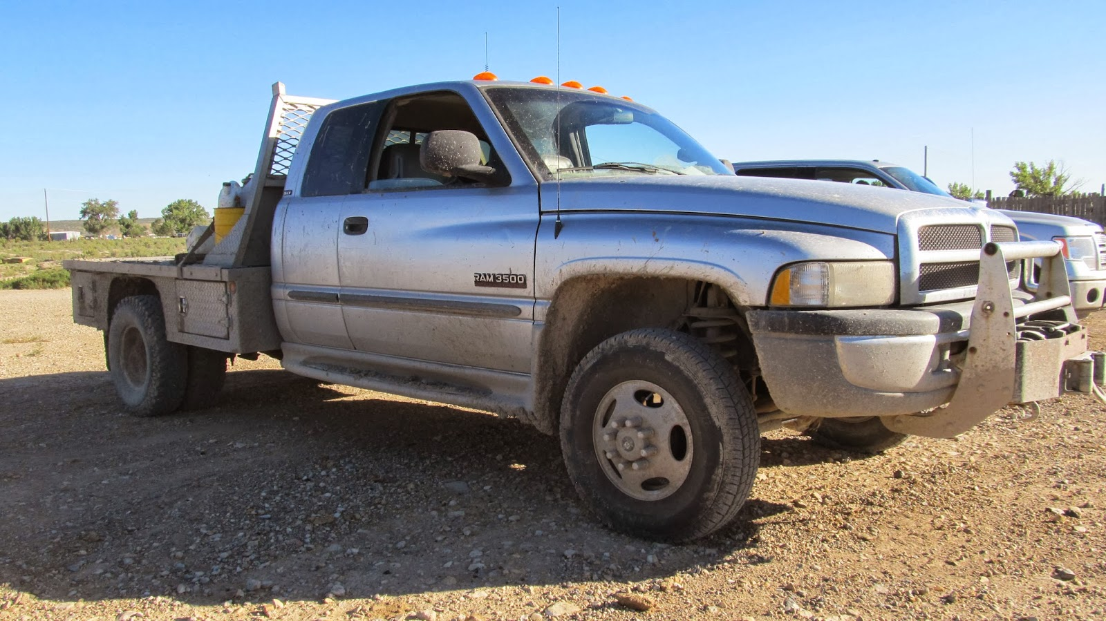 2001 Dodge 3500 4x4 Extended Cab Dually Flatbed truck w/ Cumminsdiesel ...