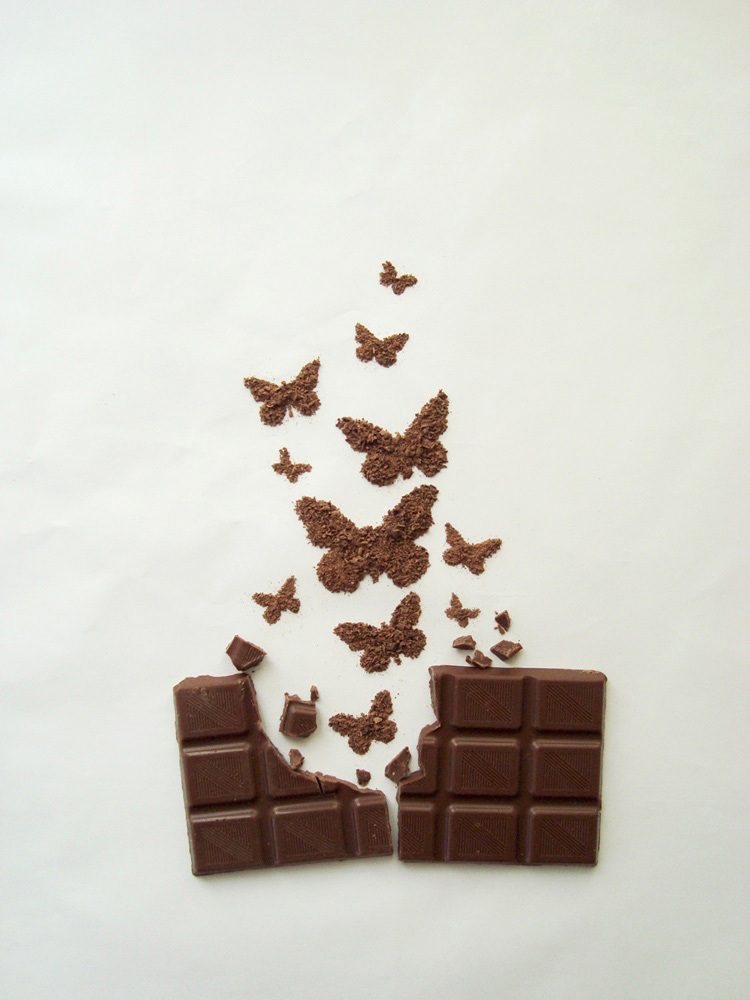 04-Butterflies-Ioana-Vanc-Food-Art-using-Chocolate-Vegetables-and-Fruit-www-designstack-co