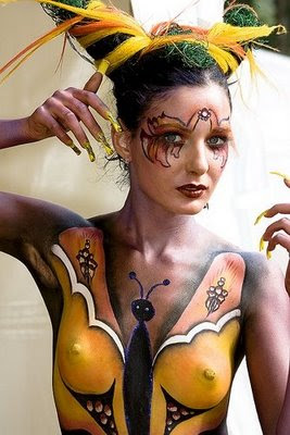 Beauty women bikini body painting