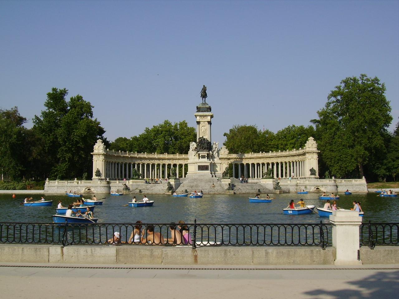 Turisteando Jardines Del Retiro Madrid