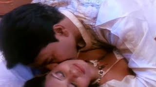 Watch Koi na Bach Payega Hot Masala Video From B-Grade Hindi Movie