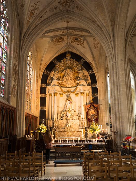 Genadebeeld 'Onze-Lieve-Vrouw van Antwerpen' gebed ruimte, Devotional statue 'Our Lady of Antwerp'