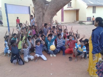Cricket for Change visit to Magic Bus India