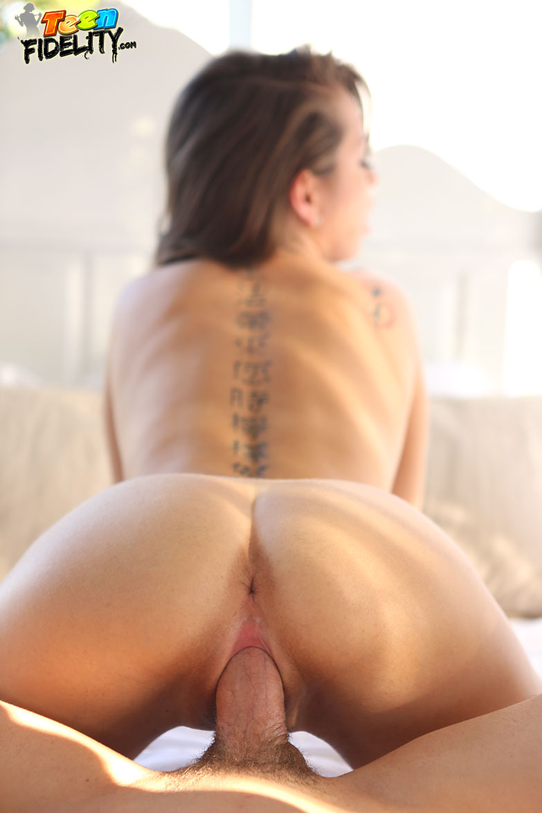 Bonnie rotten ass fucked and squirting all over 5