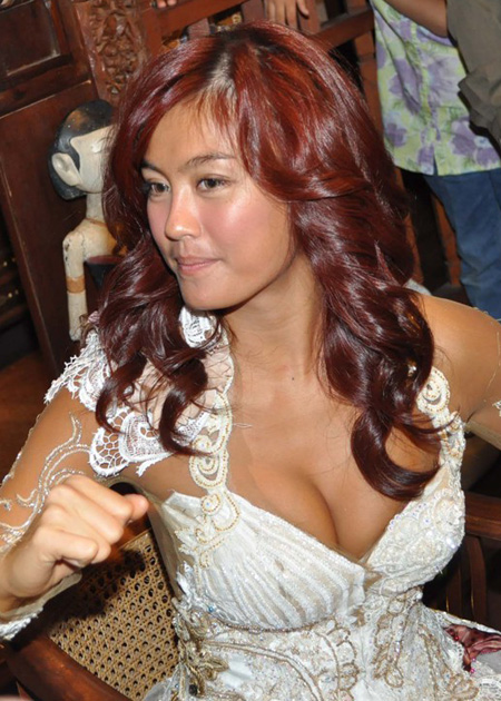 Artis Indonesia - Agnes Monica 8