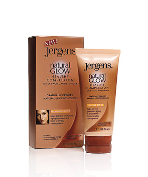 how to use jergens natural glow on face