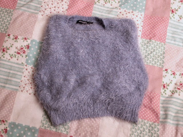 missguided fluffy eyelash eye lash jumper cropped crop baby blue powder 90s fashion clueless fancy
