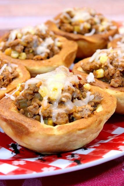 BBQ Turkey In Corn Muffin Bowls