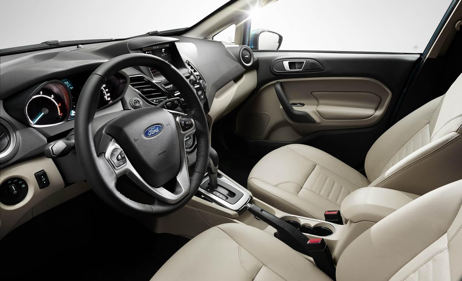Fiesta 2014 Automático DCT-6 - interior
