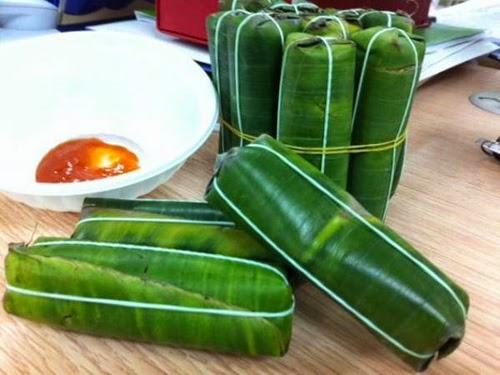 Vietnamese Fermented Pork Roll (Nem chua)1