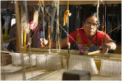 """weaving destiny, maheshwar"" by nevilzaveri under cc by"