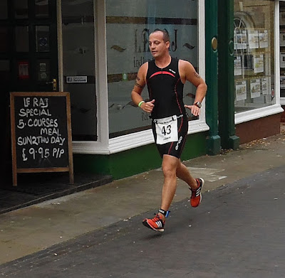 An action picture from the Keyo Brigg Sprint Triathlon 2015