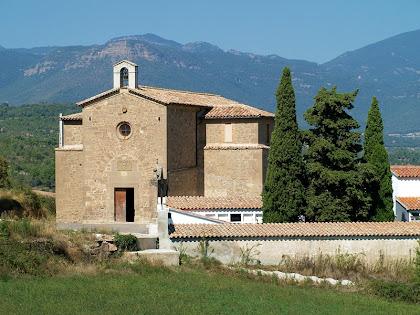 L'església de la Mare de Déu de l'Antiguitat des del Camí de Vilanova