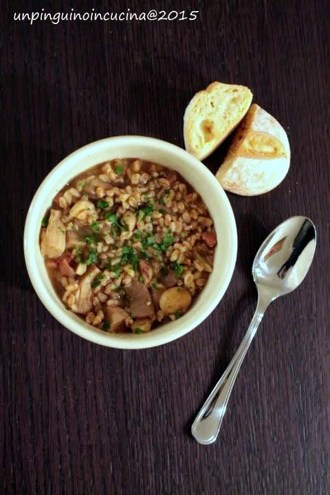 zuppa di farro con castagne e funghi