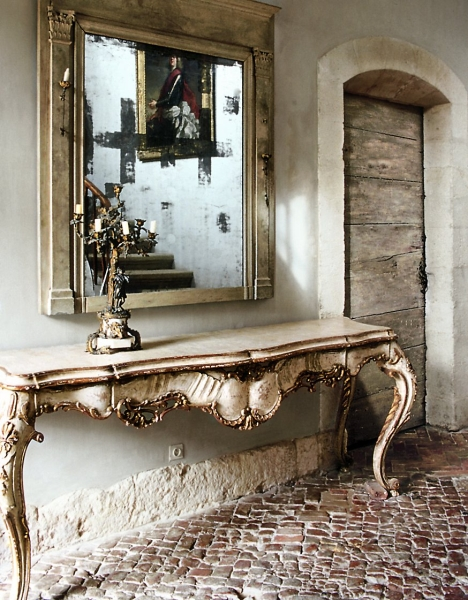 Foyer Console Table and Mirror