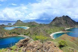 Wisata Flores, Menjelajah Gunung Hingga Bawah Laut