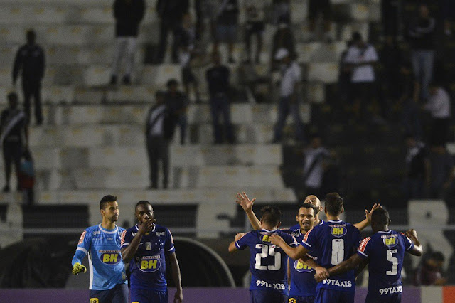 O Cruzeiro venceu a Ponte graças a um gol de Vinícius Araújo, aos 48 minutos do segundo tempo (Mauro Horita/Light Press)
