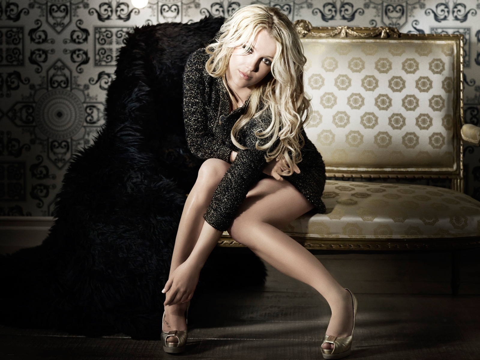 http://2.bp.blogspot.com/-U-SZ6HS1JHE/Tg0lOItQcOI/AAAAAAAAAVs/8ohE9CvgvoE/s1600/Britney-Spears-2011-Wallpaper-HD-Wallpapers-for-fullscreen-and-widescreen-desktop-background-britney_spears_2011-1600x1200.jpg