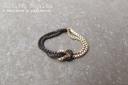 Bague chainette  noir doré Judith Benita