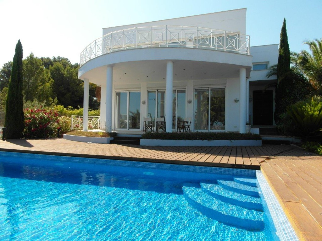Todo noticias tn de casa en casa 2 for Casas con piscina en chichiriviche