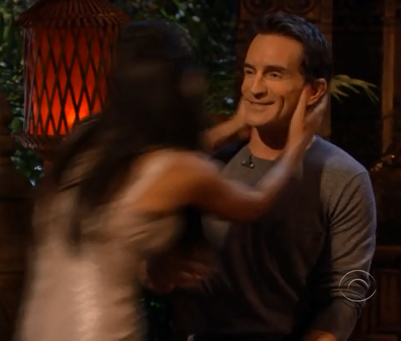 Sarah Dawson Kissing Jeff Probst in Survivor Philippines The Reunion