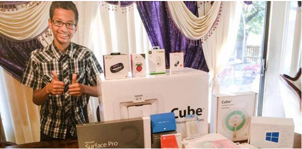 تعرف على الهدايا التي أهدتها مايكروسوفت للطفل أحمد مخترع الساعة !!