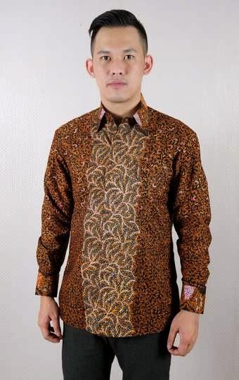 Model baju batik muslim trendy untuk pria