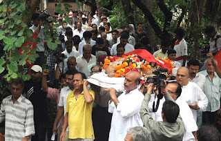 Celbs at A K Hangal's funeral