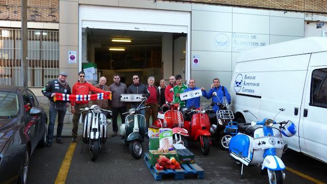 Entrega Scooter Club Cantabria y Club Lambretta España al Banco de Alimentos de Cantabria